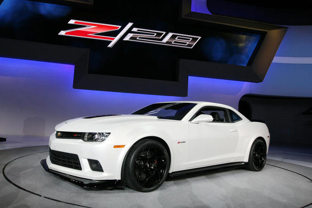 Fans Get A Taste Of 2014 Chevy Camaro Z 28 At New York